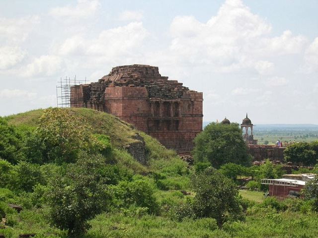 Earthen ramp behind the temple at Bhojpur