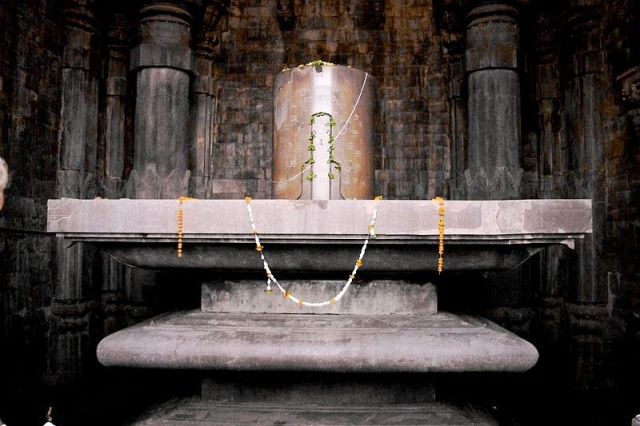 World's tallest shivling at Bhojpur Shiv mandir