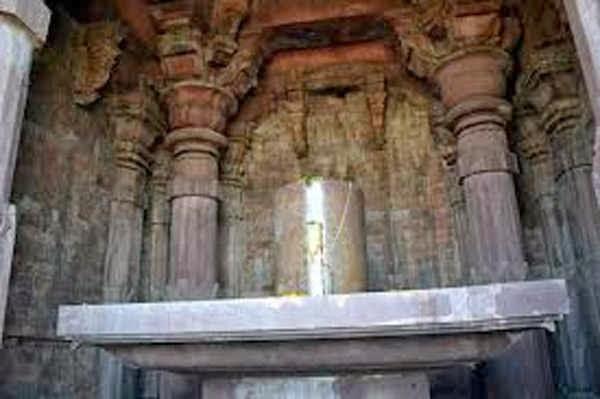 Shivlinga at Bhojpur Shiv Temple