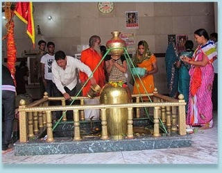 Mahakaal Mandir at Pahari Temple
